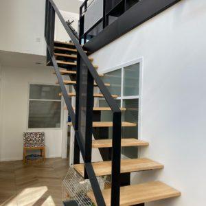 Escalier métal bois