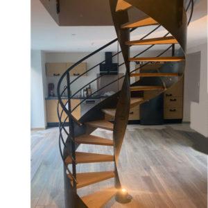 Escalier hélicoïdal métal bois